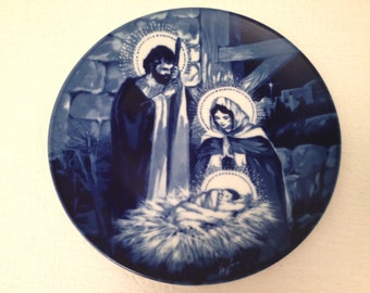 Vintage 1991 Avon Collector Plate THE HOLY FAMILY Flow Blue Style Transferware