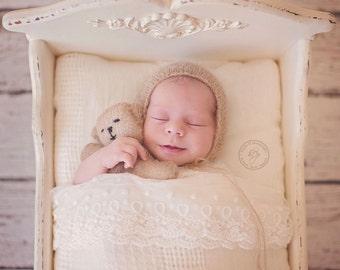 Photo Prop Teddy Bear & Bonnet Set