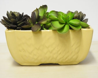 MCCOY Yellow Planter - Vintage Pottery, Gold Mustard, Feathered Texture Rectangular Flower Pot 1950-60s  / Mid Century Retro Decor