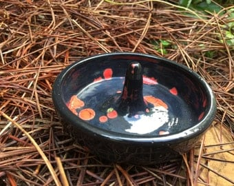 Black opal ring dish, ring dish, ring plate, ring holder, ceramic pottery, black and red ring holder, ceramic ring holder