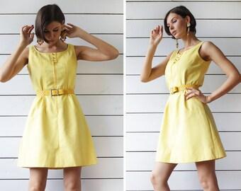 MISS FERAUD by Rembrandt yellow textured cotton mod sleeveless minimalist shift tunic mini dress S-M