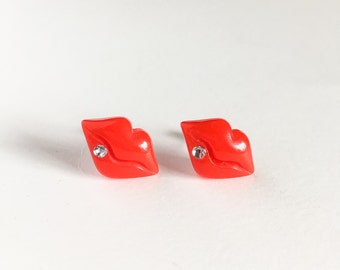 Sexy lip post earrings-kiss earrings-dolly earrings-kawaii earrings-pop earrings-foxy earrings-red earrings-lolita earrings-love factory NY