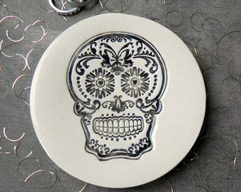 Black Sugar Skull Ceramic Plate Day of the Dead Pottery Ring Dish Halloween Decoration