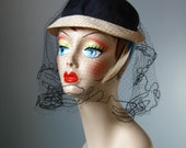 Black and White Hat / Vtg...