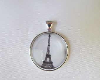 Eiffel TowerPendant Necklace or Keychain