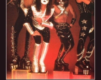 KISS AUCOIN '77 Music Industry Trade Ad Stand-Up Display - Collectibles Memorabila Retro Vintage Gift Idea Poster T-Shirt Classic Rock Glam