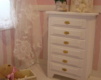 Furniture. 1.6 scale cabinet drawers for blythe or pullip