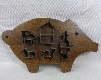 Vintage Antique Pig Cutting Board With Tin Figural Cookie Cutters, Country Farmhouse Decor
