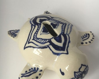 Turtle Bank, Blue and White