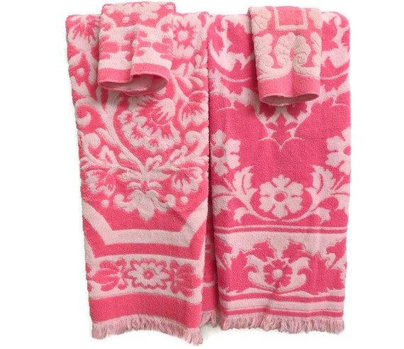 Reproduction Vintage Bath Towels: Vintage Bath Towels Free Shipping Towel Set Pink White