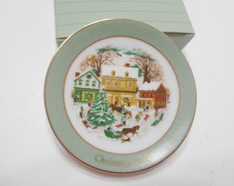 Vintage 1989 Avon Miniature Christmas Plate Collection (9) Country Christmas
