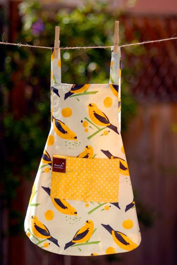 Childs Apron size 2-5 - Bakers Apron - Organic Cotton Apron - Yellow Apron - Bird Smock - Toddler Gift - Polkadot Print - Kids Apron