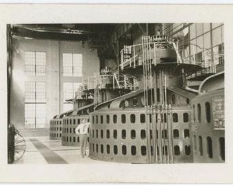 Man & Turbines c1930s-40s Vintage Snapshot Photo [1510426]