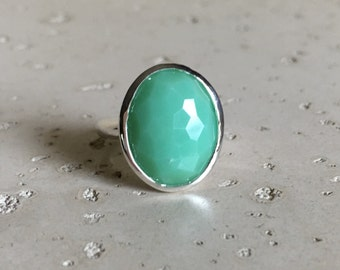 Green Statement Ring- Chrysoprase Ring- Gemstone Ring- Stone Ring- Gemstone Ring- Quartz Ring- Oval Ring- Topaz Ring- Classic Ring- Silver