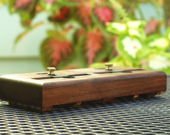The EICHLER Dual Dock in WALNUT – Fits all iPhone models - Leave your Case on - Boosts the Sound