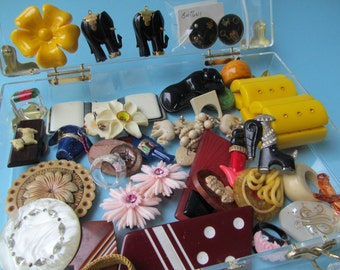 Vintage 1940's-1950's Bakelite Jewelry Collection