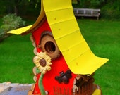 Bird house, birdhouse, sunflower birdhouse,