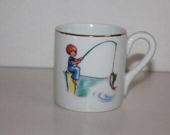 Antique Gunnar Wahlroos design children's mug by Arabia Finland