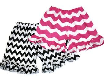 Chevron ruffle shorts sz 12m, 18m, 24m/2t, 3, 4, 5, 6, 7, 8 Baby/Toddler/Girls