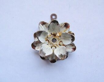 "3D Rustic Rusty Flower #F2 w/ Patina Pendant 1 1/2"""