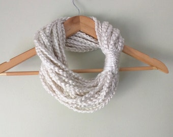 Winter White Chain Scarf . Short . Infinity Scarf . Winter White Scarf . Scarf Necklace . Indie Clothing . Eternity Scarf . Braided Cowl