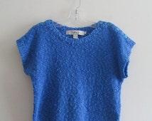 80% OFF SUMMER SALE Vintage 80s 1980s Chaus Periwinkle Blue Knitted Preppy Crewneck Short Sleeve Button Shoulder Sweater Top Sz S/M