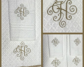 Embroidered monogrammed towel set