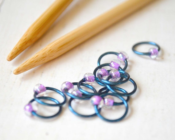 Simply Pretty / Stitch Markers - Dangle Free Snag Free Knitting Stitch Markers - Small Medium Large Sizes Available