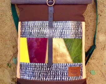 Bike bag Goldie, waterproof, upcycled heavy canvas rolltop backpack, laptop backpack, recycled leather mosaic bag, brown, gold, handmade