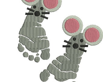 Not a creature was stirring Digitized Machine Embroidery Design Christmas mouse Baby Feet