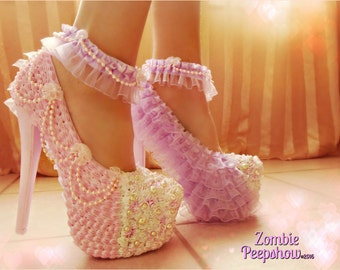 """Frosting """"Shortcake"""" Lace and Pearl Pumps"""