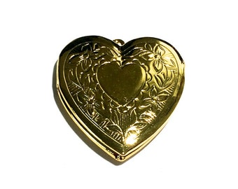 2 Gold Heart Locket, 29x21 mm
