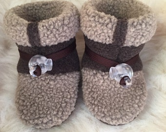 Crib shoes, baby Boy or baby girl booties, soft sole shoes, from Toggle Toes in Newborn size 0-4 months