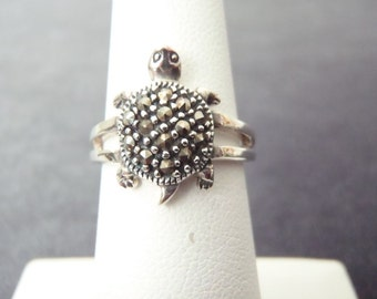 Sterling Silver Marcasite Turtle Ring Sz.5 3/4 R123