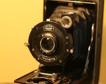 Zeiss Ikon Ikonette Camera