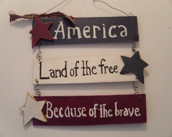 Patriotic Americana wall hanger