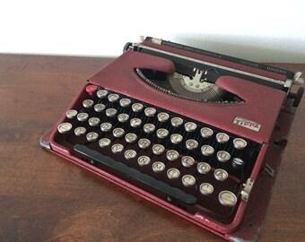 RARE Dark Red Gossen Tippa - Working German Typewriter