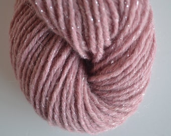 Lambswool Blend Worsted Weight Reclaimed Yarn
