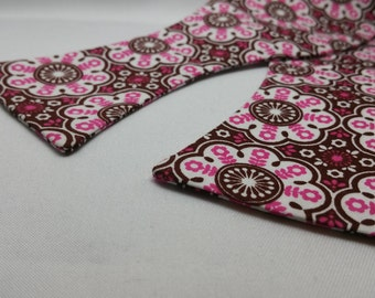 Men's Brown and Pink Floral Bow Tie, Adjustable to 21 inches with metal bow tie hardware. 100% cotton fabric.