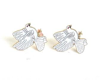 Vintage Bird Earrings White Enamel Gold Tone Metal Clip Ons Doves Gift for Bird Lover
