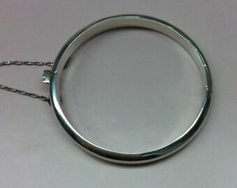 Baby's Sterling silver bangle bracelet polished finish
