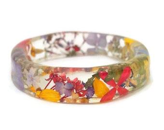 Flower Bangle - resin bangle - real flowers resin bangle