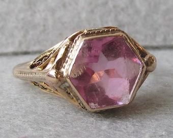 10k Gold 1920's Art Deco Filigree Pink Stone Vintage Ring, Size 4.5