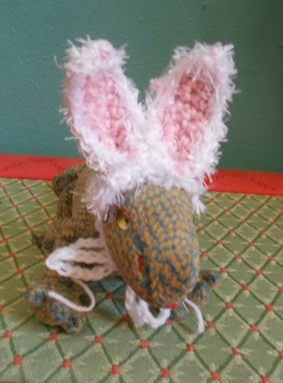 Tiny Pet Bunny Ears Hat for Bearded Dragons, Lizards or Rats , Easter Bunny Ears for Tiny Pets, Rabbit Ears for Beardies, Halloween Costume