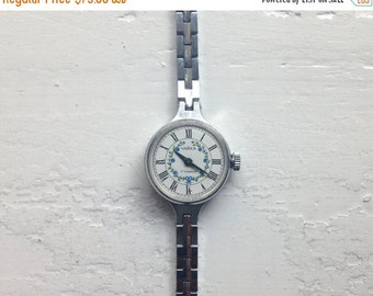 "Soviet watch ,Vinatge Watch, Blue flowers watch, Womens watch ,Mechanical watch women's wrist ladies ""Chaika"""