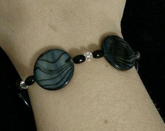 Black shell beaded bracelet