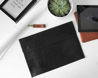 "Black Macbook 15"" Sleeve, Brown Leather, MacBook 15 Pro, Office Bag, Padded, Leather Sleeve, embossed great for a gift"