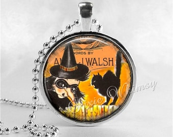 VINTAGE HALLOWEEN Necklace, Witch, Vintage Witch, Witch Necklace, Black Cat, Glass Art Necklace, Halloween Nostalgia, Halloween Jewelry