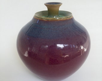 Green to Red Faded lidded Jar
