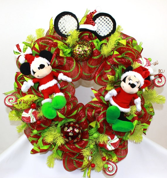 disney merry christmas mickey and minnie mouse deco mesh door wreath - Mickey Mouse Christmas Lights
